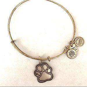 Alex and Ani | Paw bracelet